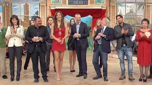 Laura-Barriales--Lorena-Bianchetti--Mezzogiorno-in-Famiglia--09-01-11--03