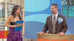 Laura Barriales dans Mezzogiorno in Famiglia - 16/01/11 - 03