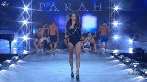 Laura Barriales dans Sfilata d'Amore e Moda - 27/06/11 - 02