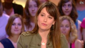 Marie Gillain dans le Grand Journal De Canal Plus - 06/06/11 - 02