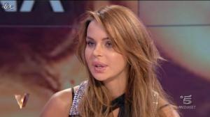 Nina Moric dans Verissimo - 08/10/11 - 02