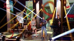 Laurence Ferrari dans Toute la Télé Chante Pour le Sidaction - 06/04/13 - 01