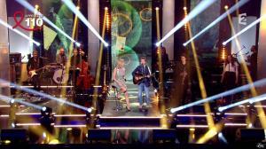 Laurence Ferrari dans Toute la Télé Chante Pour le Sidaction - 06/04/13 - 10