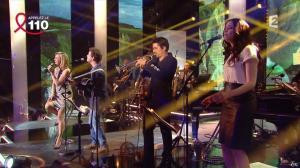 Laurence Ferrari dans Toute la télé Chante Pour le Sidaction - 06/04/13 - 15