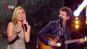 Laurence Ferrari dans Toute la télé Chante Pour le Sidaction - 06/04/13 - 16