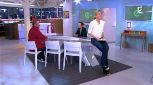 Anne-Sophie Lapix dans C à Vous - 14/02/14 - 02