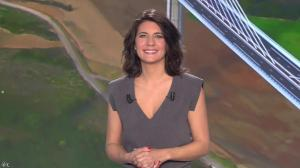 Estelle Denis dans Loto - 15/02/14 - 01