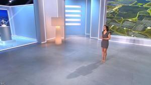 Estelle Denis dans Loto - 15/02/14 - 02