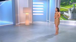 Estelle Denis lors du Tirage du Loto - 05/04/14 - 04