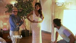 Nabilla Benattia dans Allo Nabilla - 03/12/13 - 05