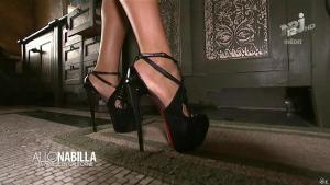 Nabilla Benattia dans Allo Nabilla - 03/12/13 - 16