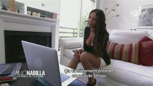 Nabilla Benattia dans Allo Nabilla - 12/11/13 - 05