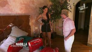 Nabilla Benattia dans Allo Nabilla - 26/11/13 - 03