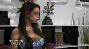 Nabilla Benattia dans Hollywood Girls - 13/12/13 - 06