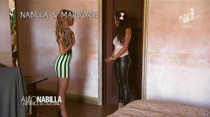 Nabilla Benattia et Marjorie dans Allo Nabilla - 26/11/13 - 11