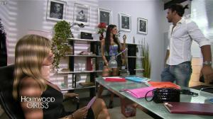 Nabilla Benattia et Shauna Sand dans Hollywood Girls - 13/12/13 - 05