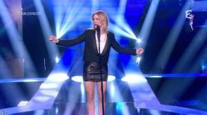 Véronic Dicaire dans le Grand Show - 24/11/12 - 069