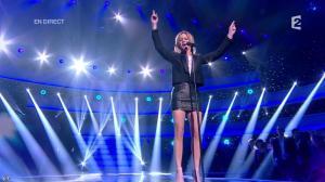 Véronic Dicaire dans le Grand Show - 24/11/12 - 070