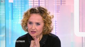 Caroline Roux dans C Politique - 01/02/15 - 16