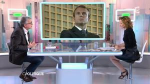 Caroline Roux dans C Politique - 01/02/15 - 21