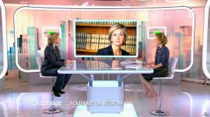 Caroline Roux dans C Politique - 14/12/14 - 15