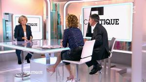 Caroline Roux dans C Politique - 14/12/14 - 40