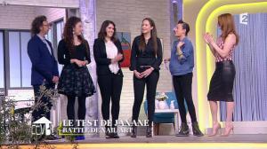 Elodie Frégé dans Comment Ca Va Bien - 27/02/15 - 05