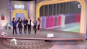 Elodie Frégé dans Comment Ca Va Bien - 27/02/15 - 22