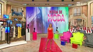 Adriana Volpe dans I Fatti Vostri - 03/02/16 - 06