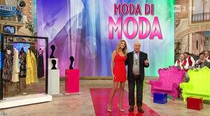 Adriana Volpe dans I Fatti Vostri - 03/02/16 - 07