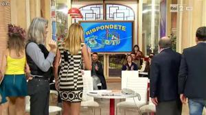 Adriana Volpe dans I Fatti Vostri - 12/01/16 - 04