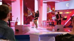 Anggun dans les Chansons d'Abord - 30/01/14 - 081