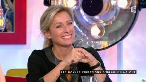 Anne-Sophie Lapix dans C à Vous - 05/11/15 - 10