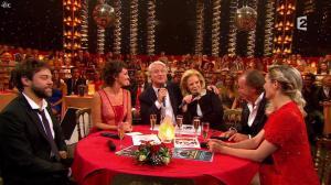 Camille Lou dans le Plus Grand Cabaret - 31/10/15 - 02