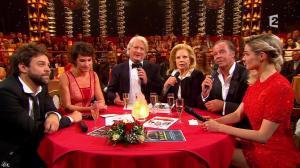 Camille Lou dans le Plus Grand Cabaret - 31/10/15 - 06