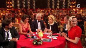 Camille Lou dans le Plus Grand Cabaret - 31/10/15 - 08