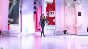 Carla Bruni dans Vivement Dimanche - 04/10/15 - 01