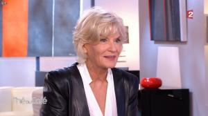 Catherine Ceylac dans The ou Cafe - 17/10/15 - 07