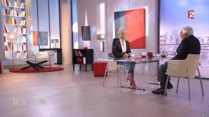 Catherine Ceylac dans The ou Cafe - 17/10/15 - 14