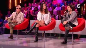 Elisa Tovati dans Un Air de Famille - 02/11/13 - 09