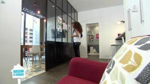 Emmanuelle Rivassoux dans Maison à Vendre - 12/01/16 - 06