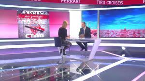 Laurence Ferrari dans Tirs Croisés - 19/04/16 - 014
