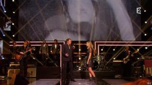 Louane dans le Grand Show de Johnny Halliday - 28/11/15 - 02
