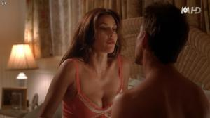 Teri Hatcher dans Desperate Housewives - 04/11/15 - 04