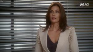 Teri Hatcher dans Desperate Housewives - 04/11/15 - 06