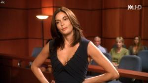 Teri Hatcher dans Desperate Housewives - 04/11/15 - 11