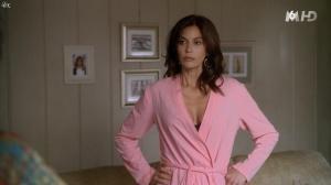 Teri Hatcher dans Desperate Housewives - 18/11/15 - 04