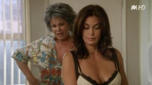 Teri Hatcher dans Desperate Housewives - 18/11/15 - 06