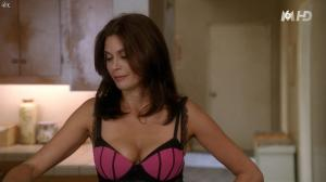 Teri Hatcher dans Desperate Housewives - 18/11/15 - 22