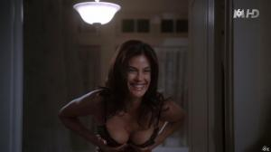 Teri Hatcher dans Desperate Housewives - 30/09/15 - 09